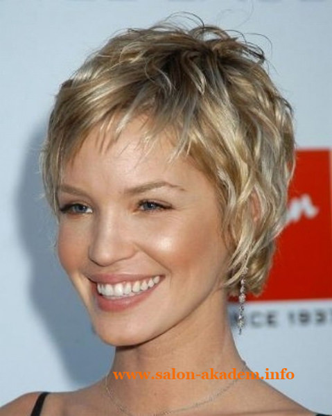 Женские стрижки каскад фото на короткие волосы