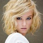 Средний боб на вьющиеся волосы