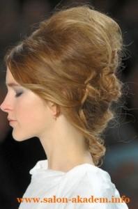 Бабетта на длинные волосы сбоку