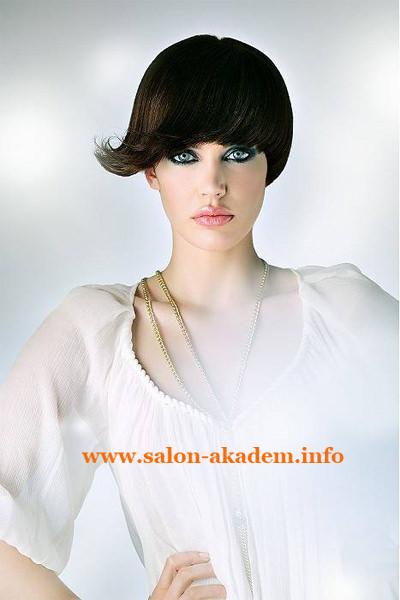 Стрижка боб на волосы средней длины