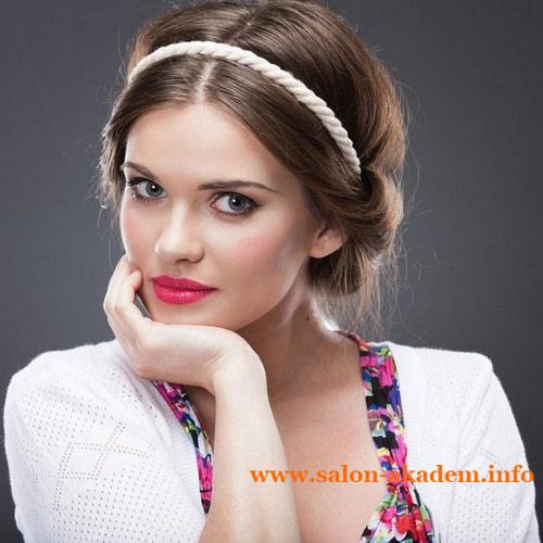 Греческие прически для волос средней длины