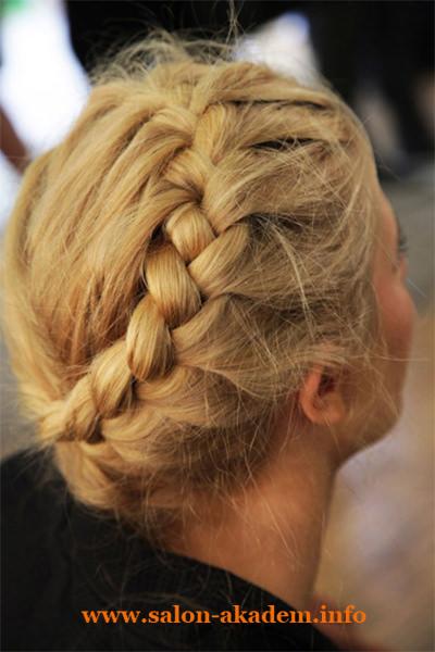 Прически в греческом стиле из кос