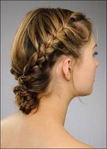Прически в греческом стиле на волосы средней длины