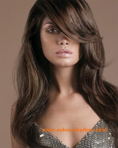 Каскад на длинные волосы с косой челкой фото
