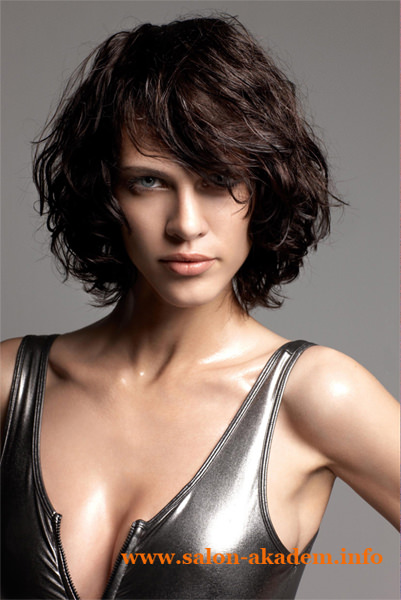 Stacked haircuts for curly hair